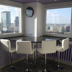 Отель Centre Apartamenty Warszawa Польша, Варшава - отзывы, цены и фото номеров - забронировать отель Centre Apartamenty Warszawa онлайн гостиничный бар