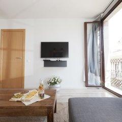 Апартаменты Happy Apartments Barcelona комната для гостей фото 14