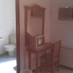 Отель Hostal Residencia Pasaje Новельда удобства в номере