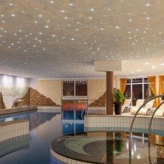 Отель Alphotel Tyrol Рачинес-Ратскингс бассейн фото 2