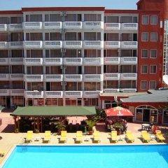 Отель Polyusi - All Inclusive Light Болгария, Солнечный берег - отзывы, цены и фото номеров - забронировать отель Polyusi - All Inclusive Light онлайн бассейн фото 2