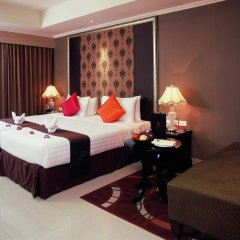Отель Furamaxclusive Sukhumvit Бангкок комната для гостей