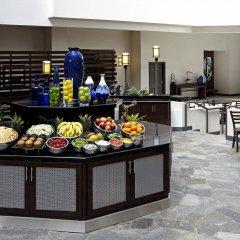 Отель Embassy Suites Los Angeles - International Airport/North США, Лос-Анджелес - отзывы, цены и фото номеров - забронировать отель Embassy Suites Los Angeles - International Airport/North онлайн питание
