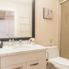 Отель 37 Boutique Suite Канада, Ванкувер - отзывы, цены и фото номеров - забронировать отель 37 Boutique Suite онлайн ванная