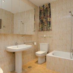 Отель Apartamento Paseo del Prado II Мадрид ванная