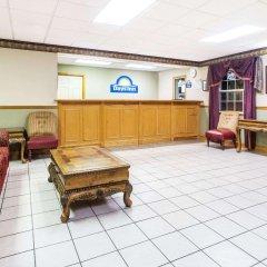 Отель Days Inn by Wyndham Lake City I-75 США, Лейк-Сити - отзывы, цены и фото номеров - забронировать отель Days Inn by Wyndham Lake City I-75 онлайн интерьер отеля