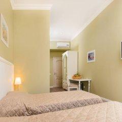 Гостиница Шале де Прованс Коломенская комната для гостей фото 5