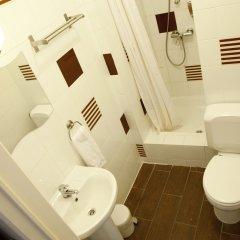 Отель Barry Бельгия, Брюссель - отзывы, цены и фото номеров - забронировать отель Barry онлайн ванная фото 2