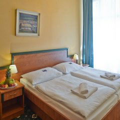 EA Hotel Jessenius комната для гостей