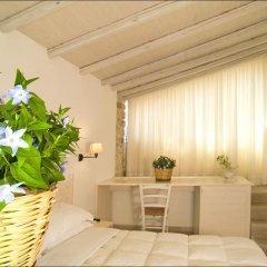 Отель Corte Altavilla Relais & Charme Италия, Конверсано - отзывы, цены и фото номеров - забронировать отель Corte Altavilla Relais & Charme онлайн комната для гостей фото 3