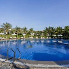 Отель Dessole Sea Lion Nha Trang Resort Кам Лам бассейн