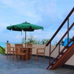 Отель Бутик-Отель Bibee Maldives Мальдивы, Северный атолл Мале - отзывы, цены и фото номеров - забронировать отель Бутик-Отель Bibee Maldives онлайн бассейн фото 2