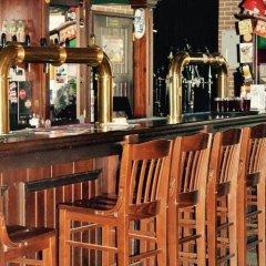 Гостиница Mini Hotel Ponayekhali в Ярославле 6 отзывов об отеле, цены и фото номеров - забронировать гостиницу Mini Hotel Ponayekhali онлайн Ярославль гостиничный бар