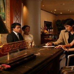 Metropole Hotel Phuket гостиничный бар