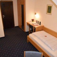 Отель Angerburg Blumenhotel Аппиано-сулла-Страда-дель-Вино удобства в номере
