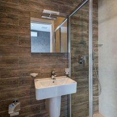 Отель Saint Julian's - Spinola Bay Apartment Мальта, Сан Джулианс - отзывы, цены и фото номеров - забронировать отель Saint Julian's - Spinola Bay Apartment онлайн ванная фото 2