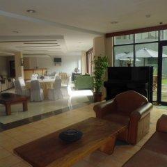 Отель ZEN Rooms Cilandak интерьер отеля фото 3