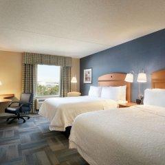 Отель Hampton Inn New York - LaGuardia Airport США, Нью-Йорк - отзывы, цены и фото номеров - забронировать отель Hampton Inn New York - LaGuardia Airport онлайн комната для гостей фото 5