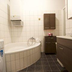 Отель Suite Deluxe Schönbrunn Австрия, Вена - отзывы, цены и фото номеров - забронировать отель Suite Deluxe Schönbrunn онлайн ванная