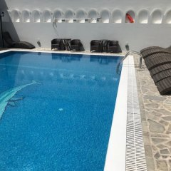 Отель Blue Sky Hotel Греция, Остров Санторини - отзывы, цены и фото номеров - забронировать отель Blue Sky Hotel онлайн бассейн фото 2