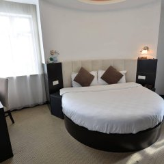 Joyfulstar Hotel Pudong Airport Chenyang комната для гостей фото 2