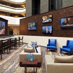 Отель Embassy Suites Los Angeles - International Airport/North США, Лос-Анджелес - отзывы, цены и фото номеров - забронировать отель Embassy Suites Los Angeles - International Airport/North онлайн гостиничный бар