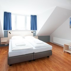 Отель a&o München Laim комната для гостей