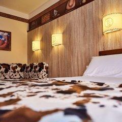 Disney's Hotel Cheyenne сейф в номере