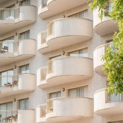 Hotel Salou Beach by Pierre & Vacances парковка