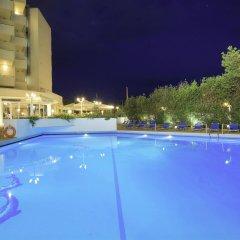 Fenix Hotel бассейн фото 3