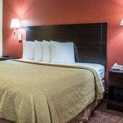 Отель Quality Inn And Suites Monroe комната для гостей фото 5