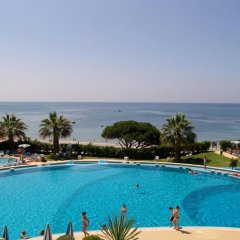 Отель Grand Muthu Oura View Beach Club Албуфейра бассейн