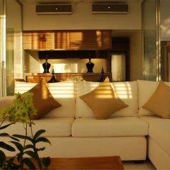 Отель The Quarter Resort Phuket интерьер отеля