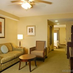 Отель Hilton Garden Inn Frederick комната для гостей фото 4