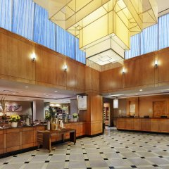 Отель Hilton Garden Inn Montreal Centre-Ville Канада, Монреаль - отзывы, цены и фото номеров - забронировать отель Hilton Garden Inn Montreal Centre-Ville онлайн интерьер отеля