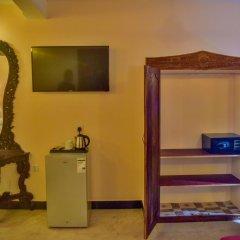 Annex of Tembo hotel сейф в номере