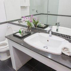 Отель R-Con Wong Amat Suite ванная