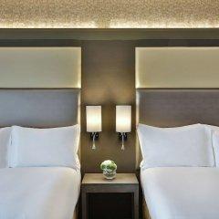 Legend Hotel Lagos Airport, Curio Collection by Hilton комната для гостей фото 4