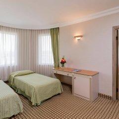 Отель Holiday Park Resort Окурджалар комната для гостей фото 3