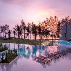 Отель La Vela Khao Lak бассейн