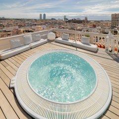 Отель H10 Montcada Boutique Hotel Испания, Барселона - 1 отзыв об отеле, цены и фото номеров - забронировать отель H10 Montcada Boutique Hotel онлайн бассейн