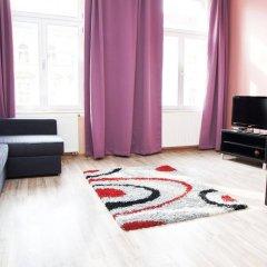 Апартаменты Royal Bellezza Apartments комната для гостей