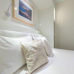 Отель ALC Perikleous Rooms 5 сейф в номере