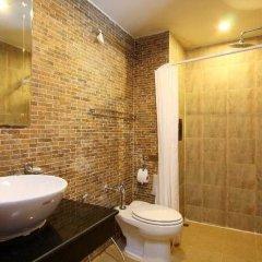 Отель Renoir Boutique Патонг ванная фото 2