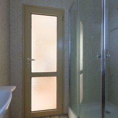 Апартаменты Quiet One Bedroom Apartment with Balcony ванная