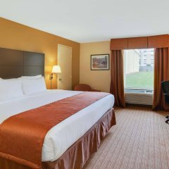 Отель Baymont by Wyndham Charlotte Airport North / I-85 North комната для гостей фото 3