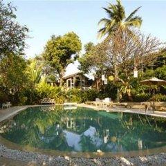 Отель Chakrabongse Villas Бангкок бассейн