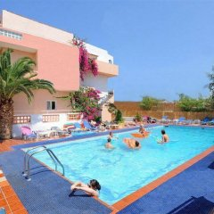 Primavera Beach Hotel Studios & Apartments бассейн фото 3