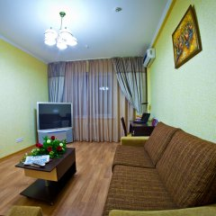 Отель Golden Dragon ApartHotel Кыргызстан, Бишкек - 1 отзыв об отеле, цены и фото номеров - забронировать отель Golden Dragon ApartHotel онлайн комната для гостей