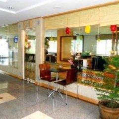 Отель Lumpini Residence Sathorn Таиланд, Бангкок - отзывы, цены и фото номеров - забронировать отель Lumpini Residence Sathorn онлайн интерьер отеля фото 3